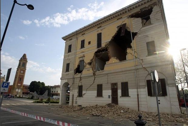 Imprenditorisosteniamo chi stato colpito dal terremoto for Nessun piano di casa nel seminterrato