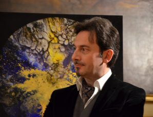 "Intervista a Enrico Magnani ""Searching the Unknown · Dark Matter Collection"" al Cern di Ginevra"